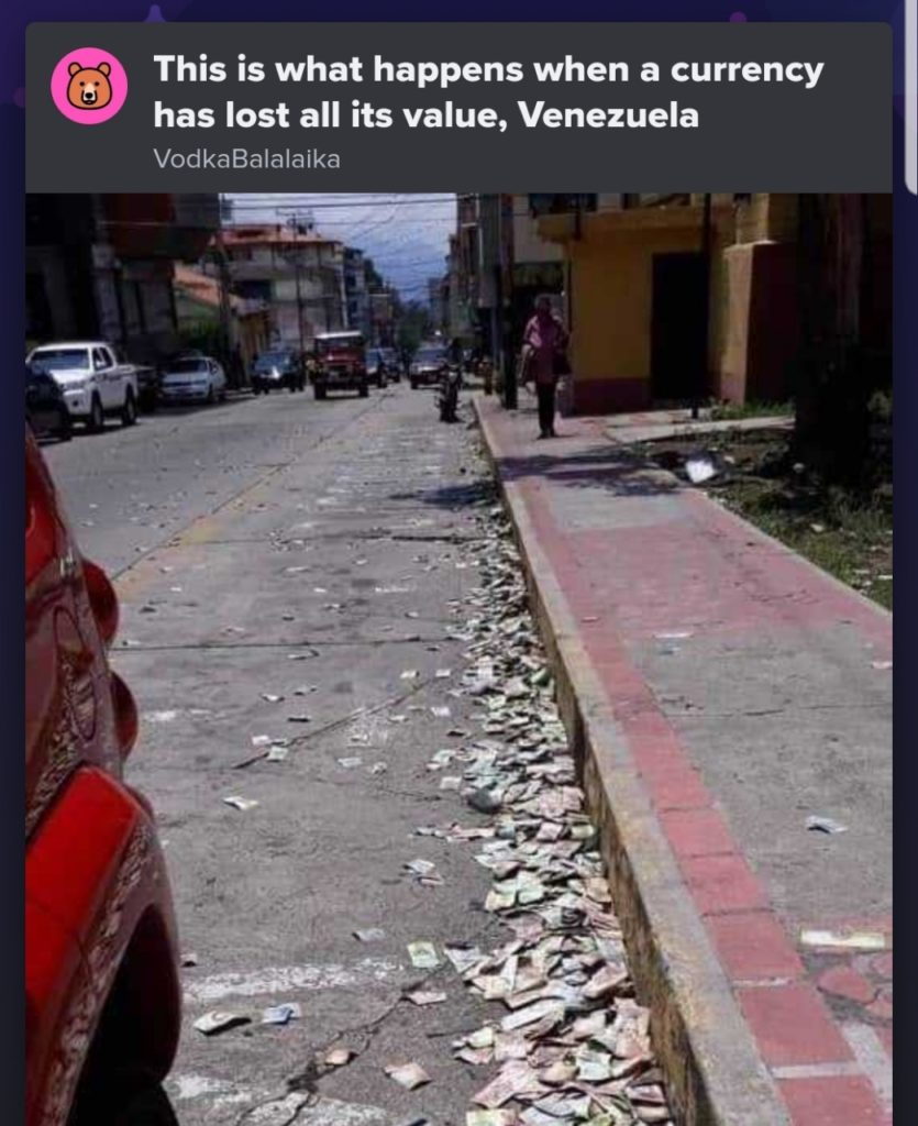 Fact behind the viral pictures of money thrown on the streets